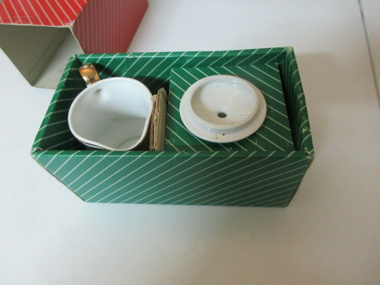 Primary image for R.H. Macys & Co. , 1984 , Sugar & Creamer Set with Box , Vintage Collectible