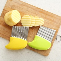 Multifunctional Kitchen Potatoes Shredding Wave Blade Wave Potatoes Shre... - $17.20