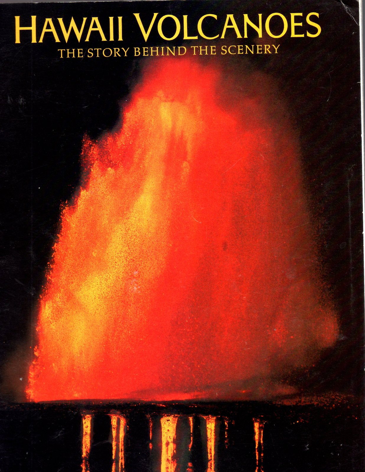 HAWAII VOLCANOES - The Story Behind The Scenery (Book)