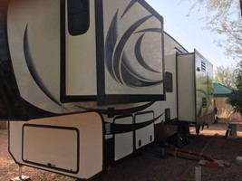 2015 Keystone Alpine 3010RE FOR SALE IN Congress, AZ 85332 image 3