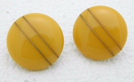 VTG Gold Toned Butterscotch Yellow Bakelite Tested Wire Design Clip Earrings - $49.50