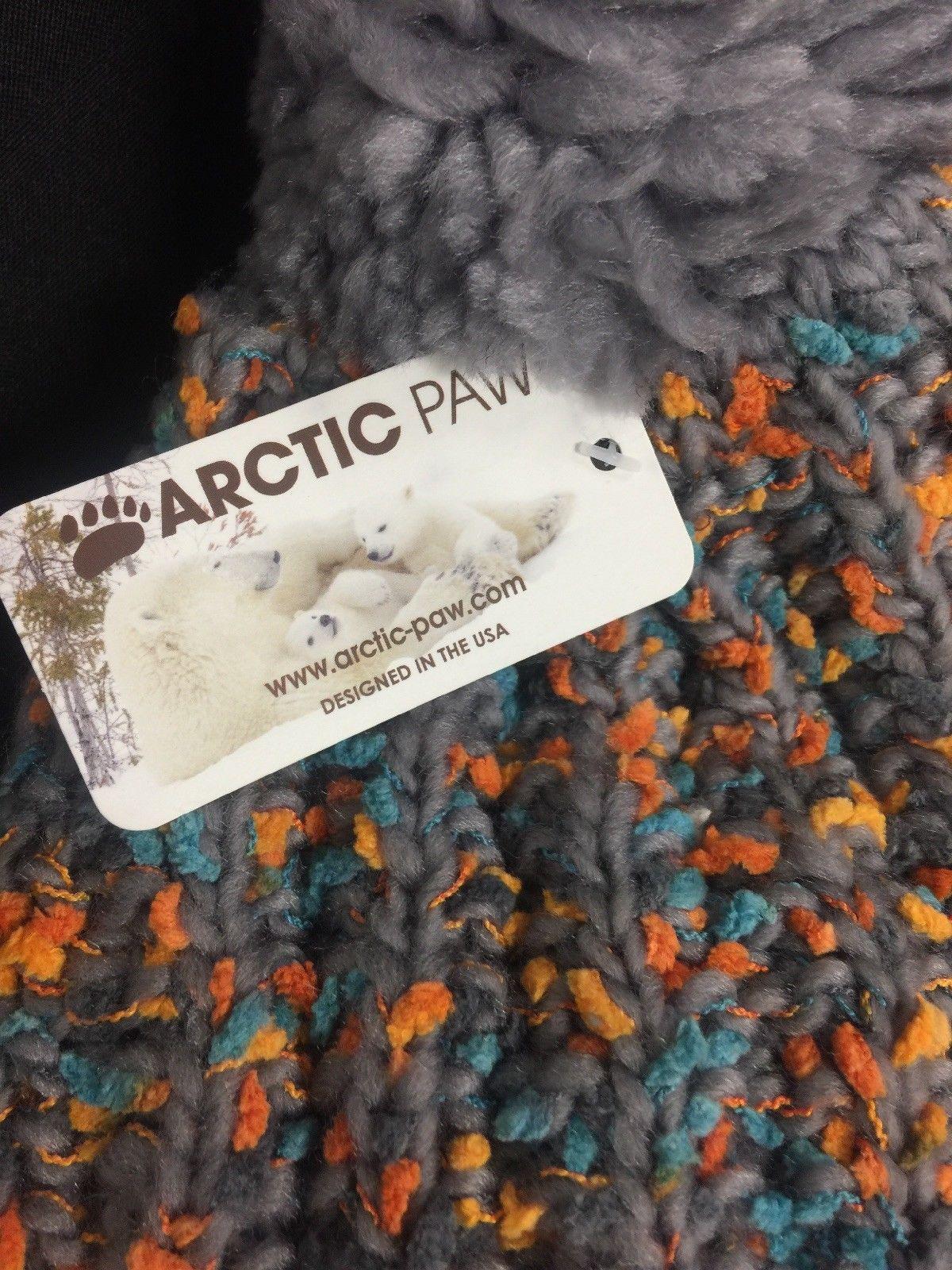 ARCTIC Paw Adult Chunky Cable Knit Beanie with Yarn Pompom - Grey/Orange