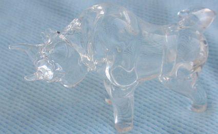 Beautiful mini crystal bull