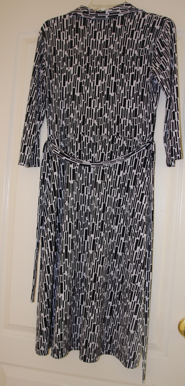 Style & Co. Ladies Black and white dress size small image 3