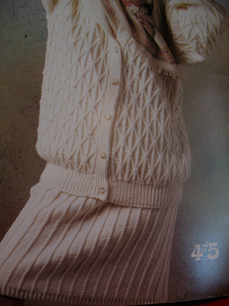 Patons Aran Style Fisherman Knit Knitting Patterns Sweaters  image 3