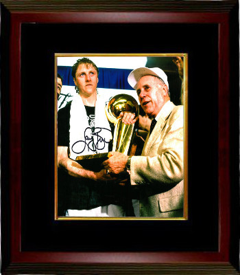 Larry Bird signed Boston Celtics 8x10 Photo Custom Framed (trophy with Red Auerb