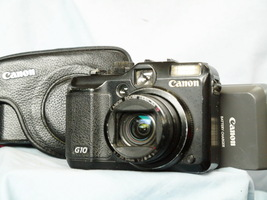 Canon PowerShot G10 14.7MP Digital Camera + Case, Battery, Charger -TESTED- - $75.00