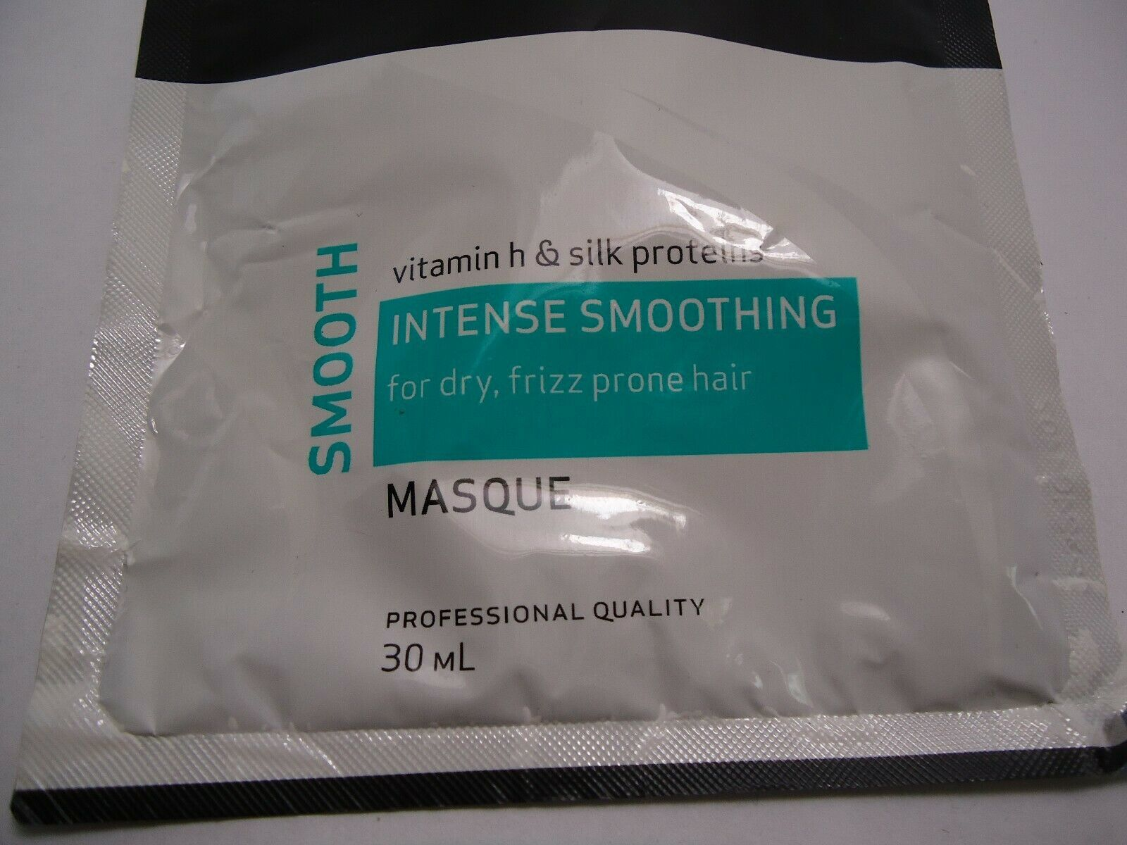 2 x Tresemme intense smoothing masque vitamin h silk proteins 30ml each hairmask