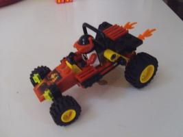 LEGO City / Town Scorpion Buggy Set 6602 car, minifigure & instruction manual image 1