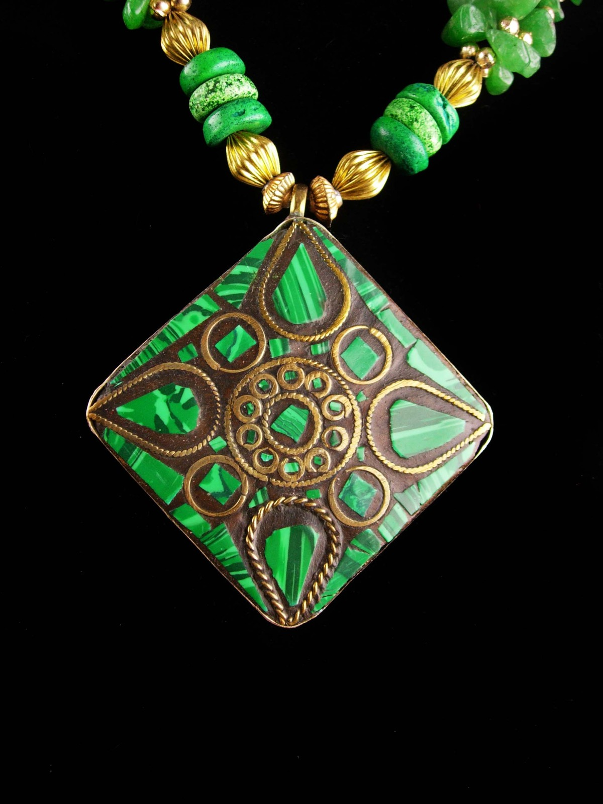 Primary image for Malachite tribal necklace / Vintage Irish Gift / green necklace / estate jewelry