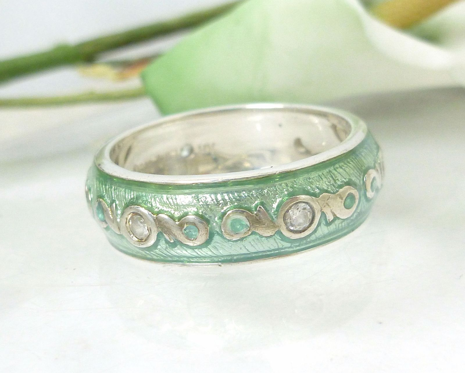 Diamonique Sterling Silver Turquoise Green Blue Enamel Eternity Band Ring Size 7
