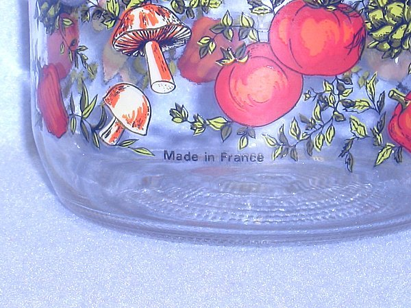 Corning Spice of Life 5 inch Hinged Lid Glass Canister with Seal