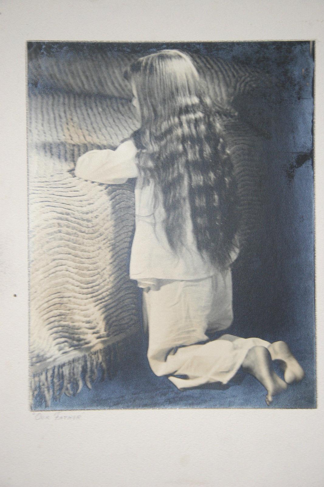 SILVER GELATIN PHOTOGRAPH A LITTLE GIRL PRAYING PHOTO