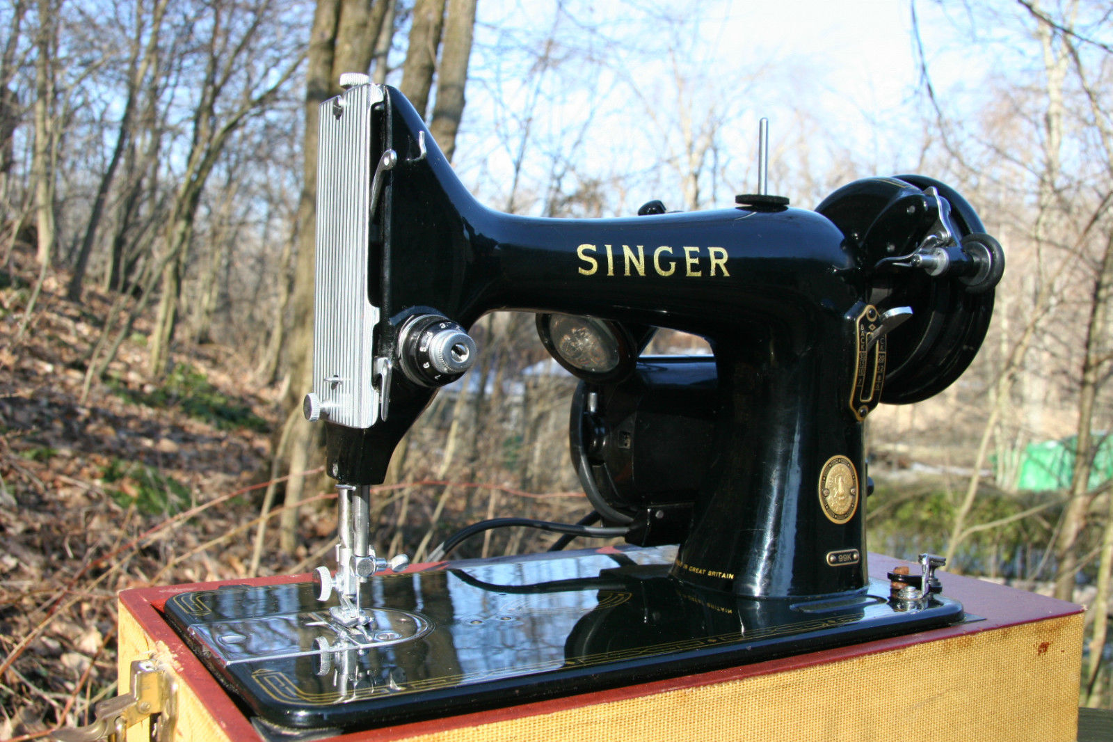 Singer Sewing Machine 99K Belt Cover Guard Part # 33689 5 image 4
