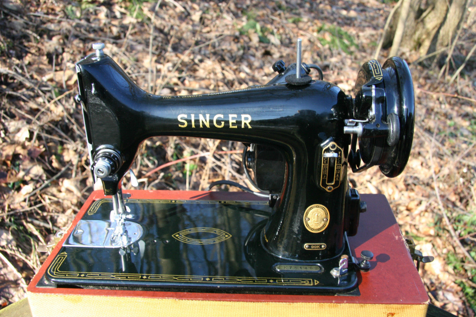 Singer Sewing Machine 99K Belt Cover Guard Part # 33689 5 image 5