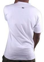 In4mation Británico C ^ NT Lamiendo Lengua Between Dedos Hombre Blanco Camiseta image 2