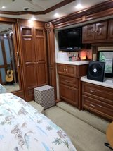 2010 Tiffin Allegro Bus 40QXP for sale by Owner - Riverview , FL 32086 image 7