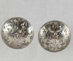 VINTAGE ROUND BUTTON CLIP ON EARRINGS JAPAN STERLING CARVED/TEXTURED-LEAVES - $75.96