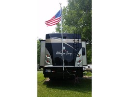 2008 Tiffin Motorhomes 37QDB Class A For Sale In Bloomington, IN 47403 image 3