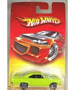 2007 Hot Wheels Walmart Exclusive Red Card '70 PLYMOUTH ROAD RUNNER Green w/10Sp - $12.00