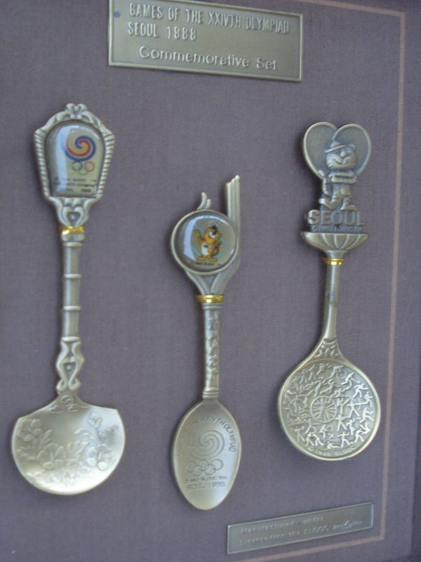 Framed Seoul Korea 1988 Olympic Commemorative 3 Spoons