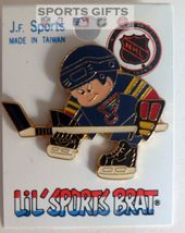 ST LOUIS BLUES HOCKEY JERSEY HAT PIN OLD STOCK NHL LICENSED FREE SHIPPIN... - $14.15