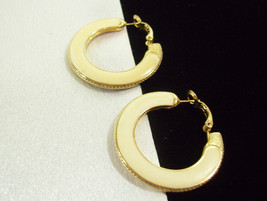 Vintage Goldette Beige Hoop Pierced Earrings Cream Gold Plate Estate Career - $12.38