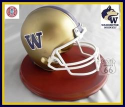 Washington Huskies Football Helmet Figure On Wood Base - $41.65