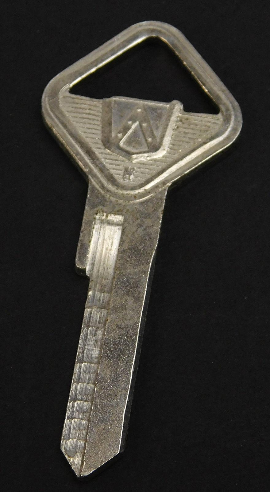 VTG Original Ford H Metal Triangular Shape Top Key Blank Uncut Key Made USA