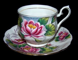 ROYAL ALBERT Flower of the Month WATER LILY #7 English Bone-China Vintag... - $14.99