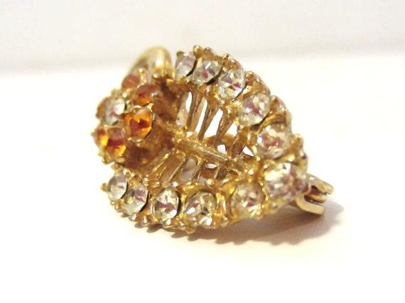 Vintage jewelry rhinestone pin brooch
