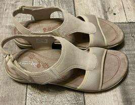 Easy Spirit Womens Sandals Size 8 M - $19.99