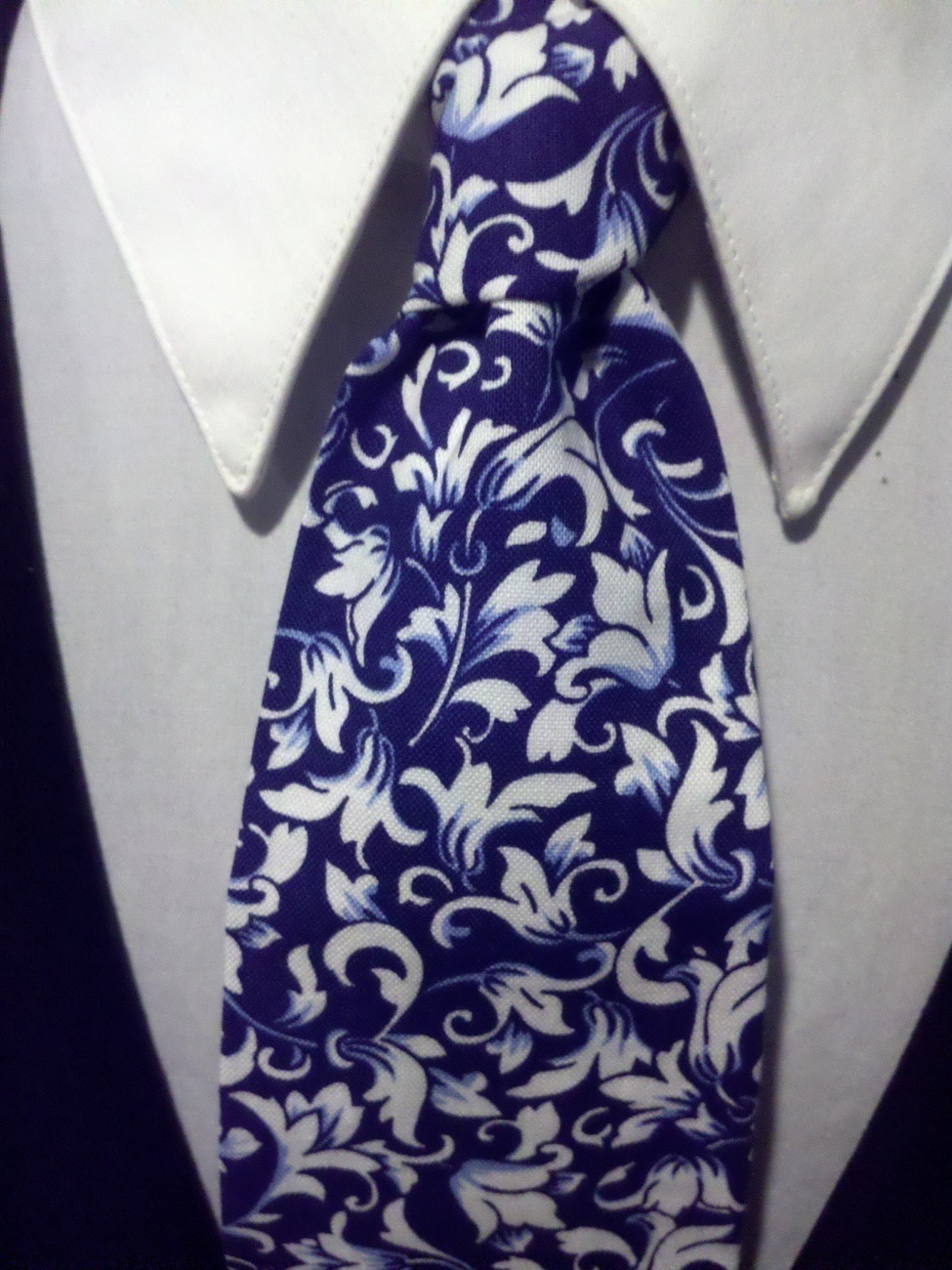 Damask Scroll Leaf Necktie Set Men Navy White Wedding Hanky