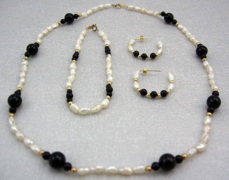 Handcraft Gemstone bl. ONYX  F. W Pearl Necklace BRACELET 14K gold earring SET