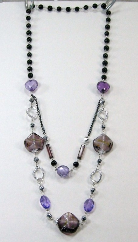 PRETTY COSTUME JEWELRY BLACK PURPLE SILVER BEADS LAYERS LONG NECKLACE 14-17