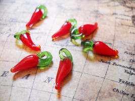 10 Chili Pepper Charms Red Chili Pepper Lampwork Glass Charms 17mm - $2.91