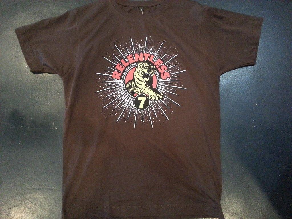 Relentless 7 seven T shirt Small Brown