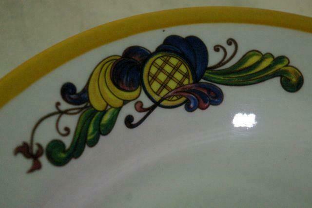"""Homer Laughlin Multi Color Leaf Scrolls Soup Bowl 9"""" image 3"""