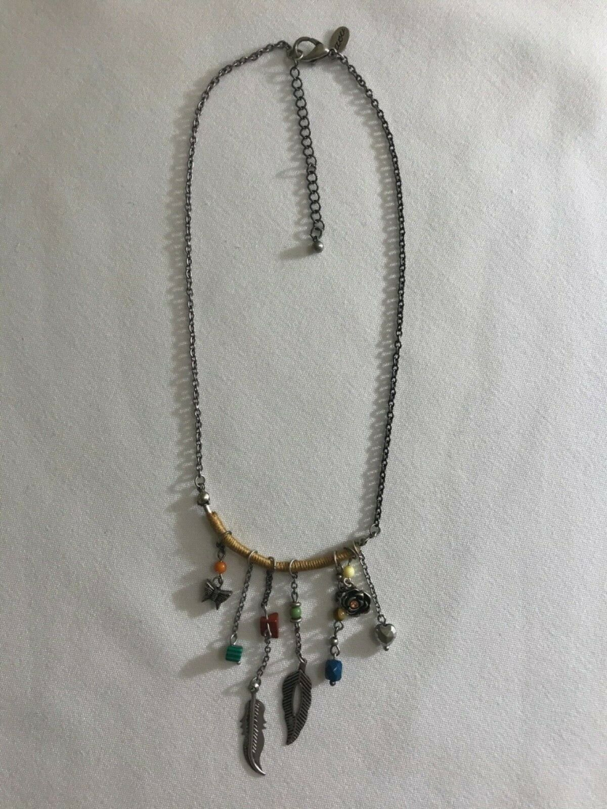 Primary image for American Eagle Outfitters Necklace w/ single chain and antiqued Pendant 20""