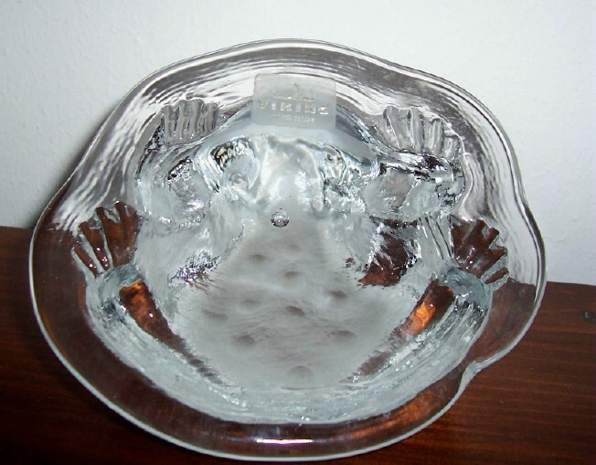 VIKING  ART GLASS  TOAD FROG ON LILY PAD PAPERWEIGHT image 4