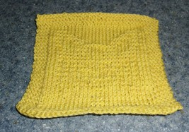 Brand New Hand Knit Papillon Dog Yellow Cotton Dish Cloth 4 Dog Rescue C... - $10.91