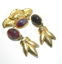 VINTAGE SIGNED PISCES AMETHYST COLORED LUCITE LILY BROOCH & CLIP ON EARR... - $75.00