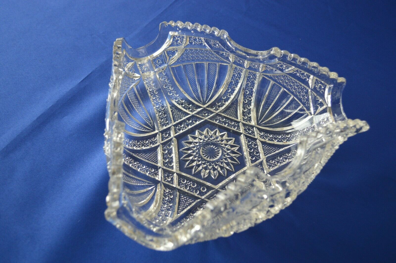 Primary image for Westmoreland Glass Triangle Berry Bowl 160 Line