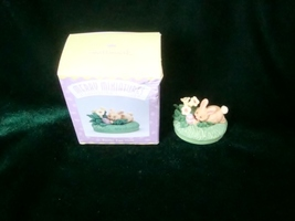 Hallmark Merry Miniatures Easter Egg Hunt Bunny Figurine image 4