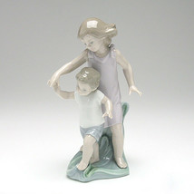Lladro 01008214 Let Me Help You  - $335.00