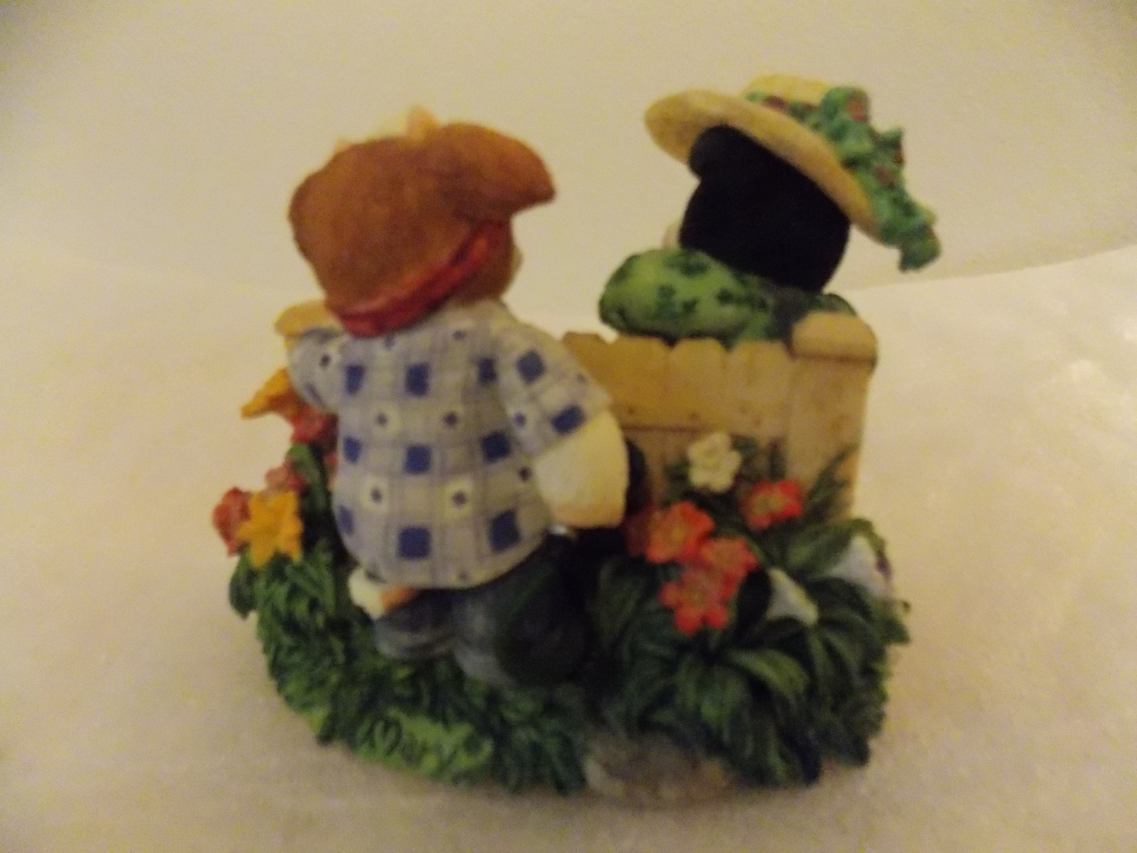 """2002 Mary Moo Moo's """"I Cud-N't Ask for a Butter Neighbor"""" Figurine  image 2"""