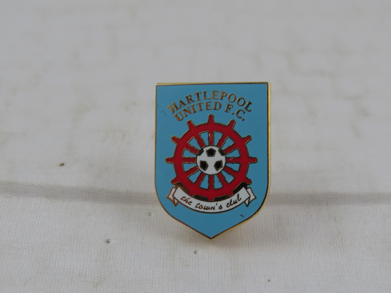 Hartlepool FC Pin - Team Crest in Team Colours - Inlaid Pin