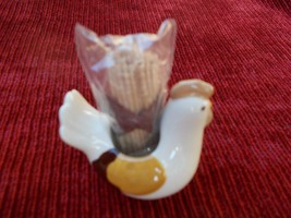 TOOTHPICK HOLDER HEN BROWN & CREAM IN COLOR BY GRASSLANDS ROAD - $12.50