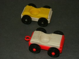 Fisher Price Little People: 930 Garage 2 Cars Yellow Red - $9.00