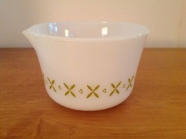 """Vintage Fire King Green X Criss Cross 6.75"""" Mixing Batter Bowl Pouring S... - $27.08"""